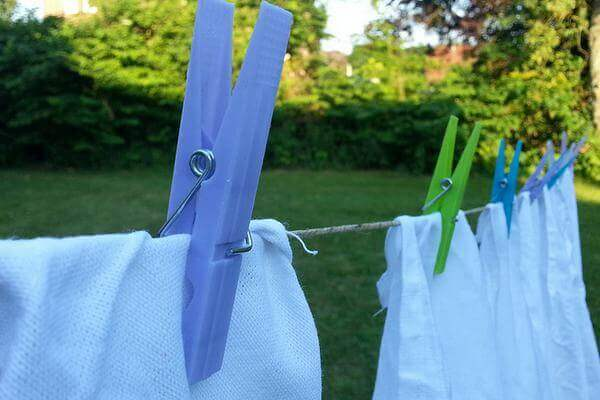 Handle-Dyed-White-Clothes