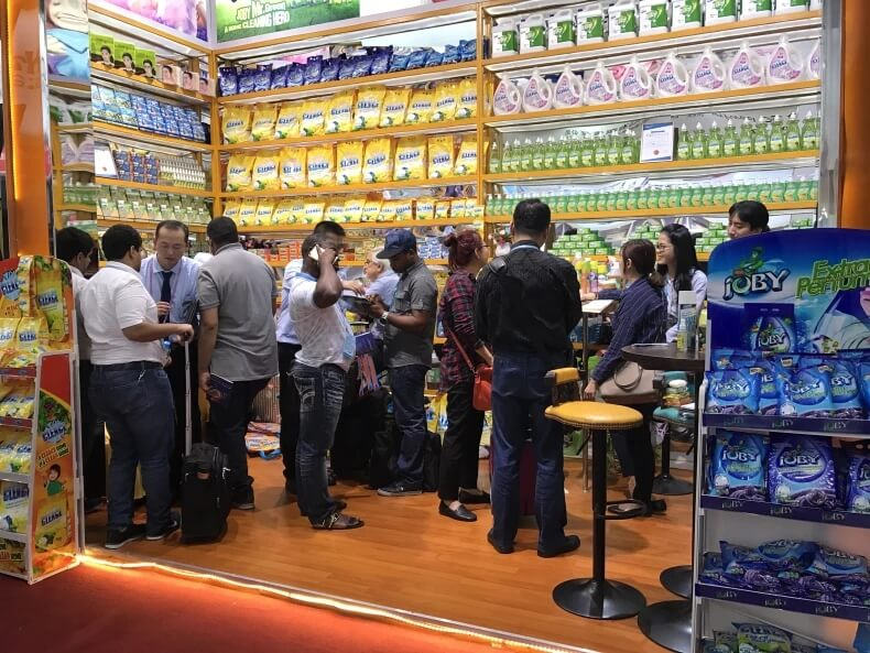 The-First-Day-of-Our-Exhibition-at-the-Canton-Fair4
